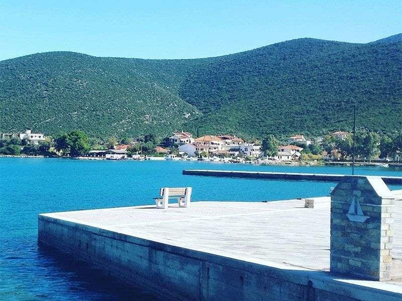 Achillio yacht vacation
