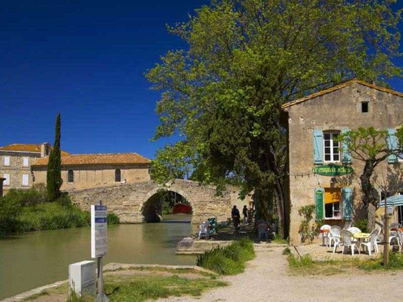 Argens Minervois yacht vacation