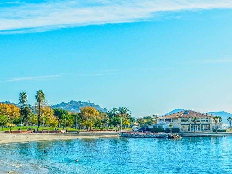Beach of Toulon