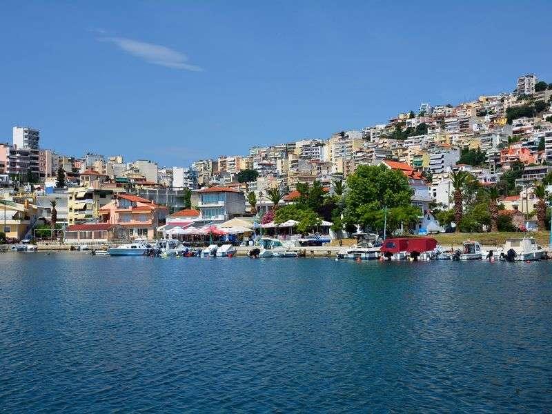 Boat tours in Perigiali