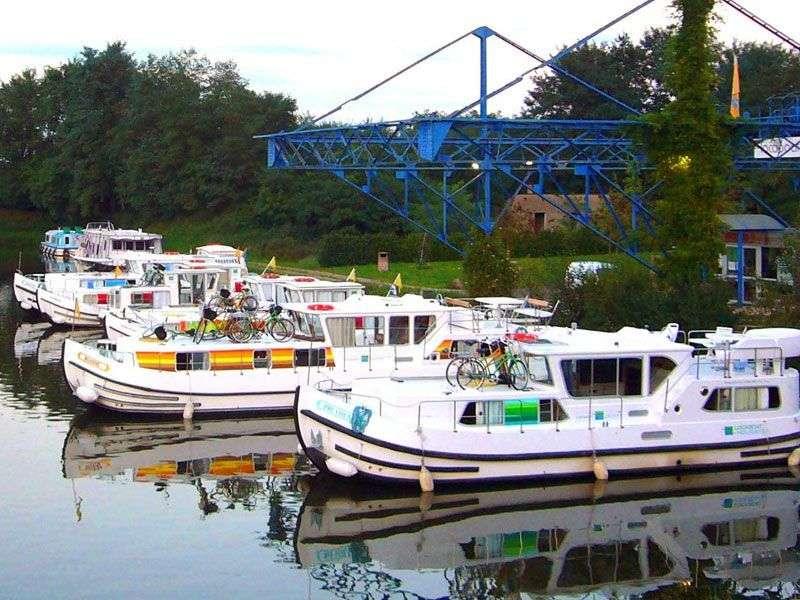 Boats in Dompierre sur Besbre