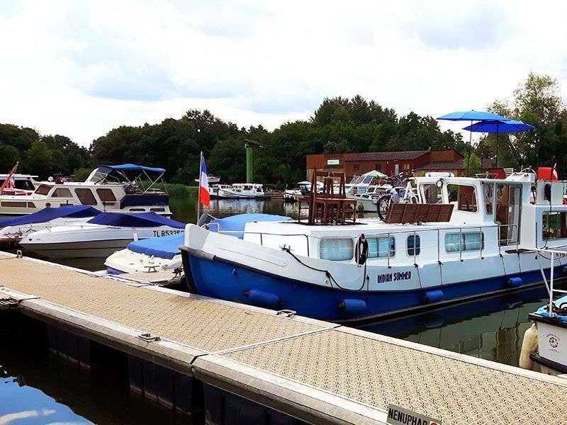 Boats in Scey sur Saone et Saint Albin