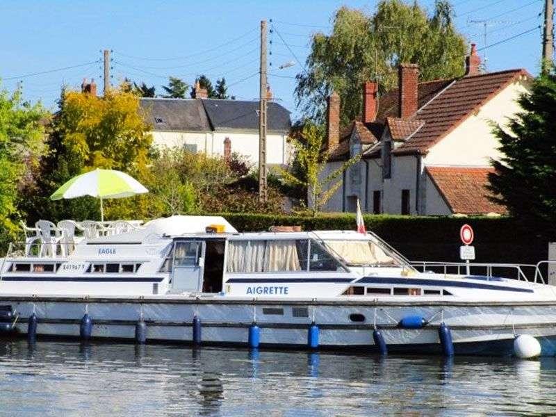 Briare boat tours