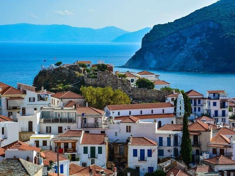 Loutraki Skopelos yacht vacation