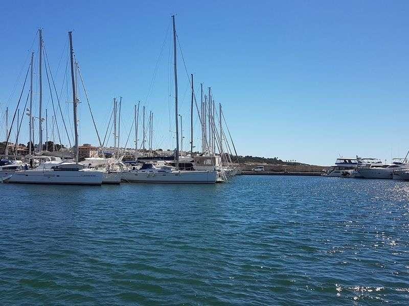 Marina in El Arenal