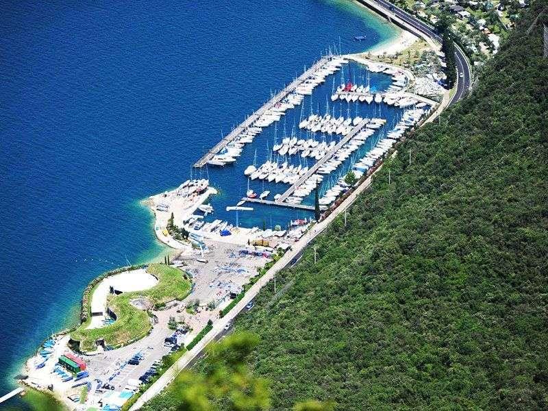 ports lake garda