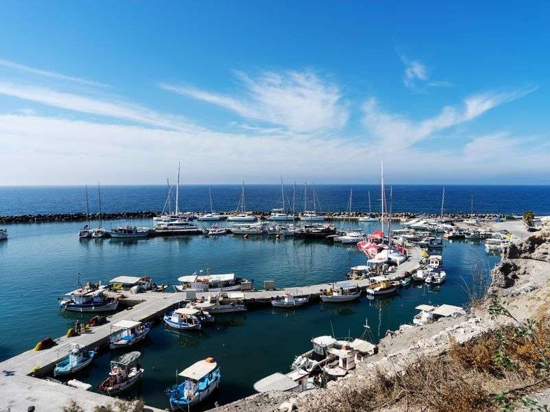 ports and islands in Santorini