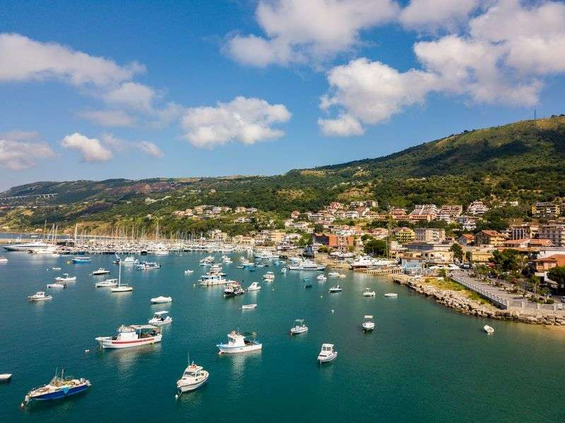 Sail in Vibo Marina