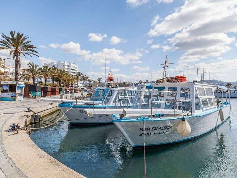 Sant Antoni de Portmany boat tours