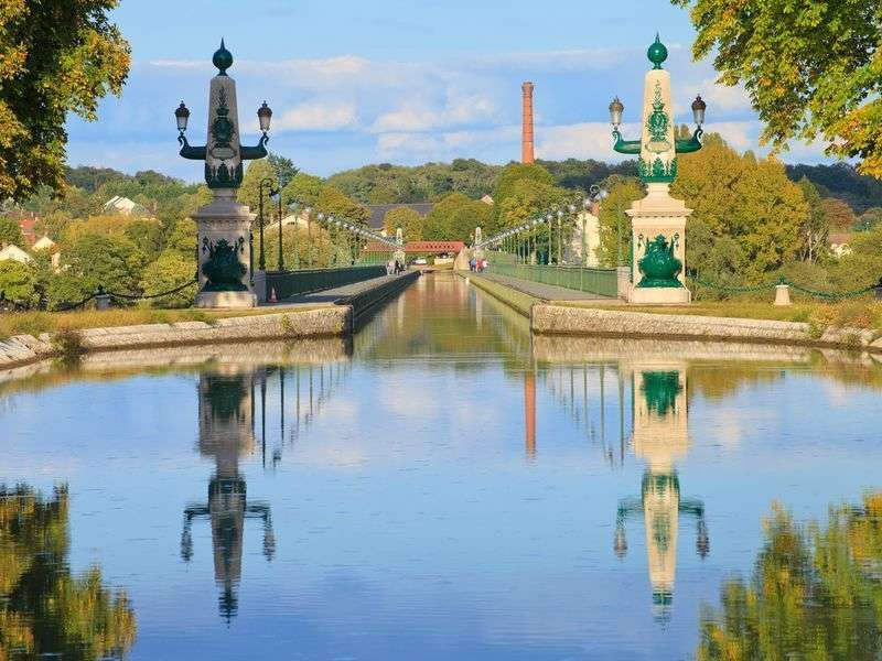 Yacht vacation in Briare