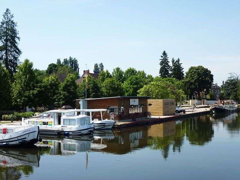 Yacht week in Saint Leger sur Dheune