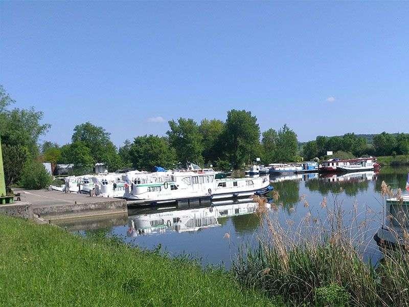 Yacht week in Scey sur Saone et Saint Albin