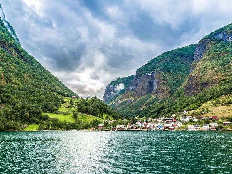 Bergen yacht vacation