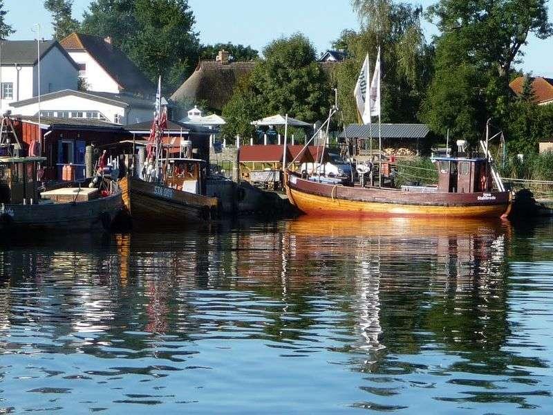 Boating in Sundhagen