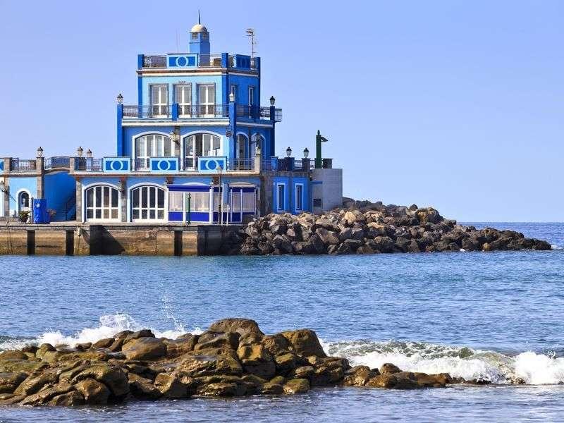 Las Galletas yacht vacation