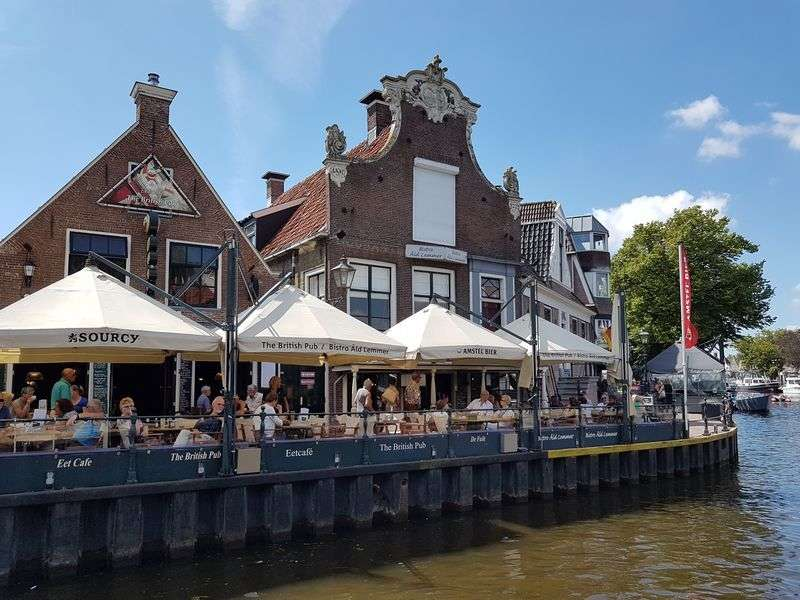 Lemmer yacht vacation