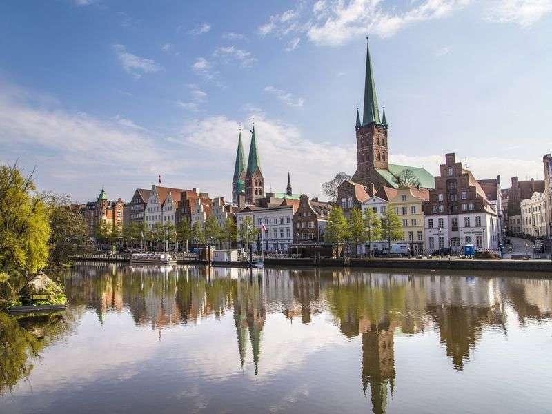 Lübeck yacht vacation