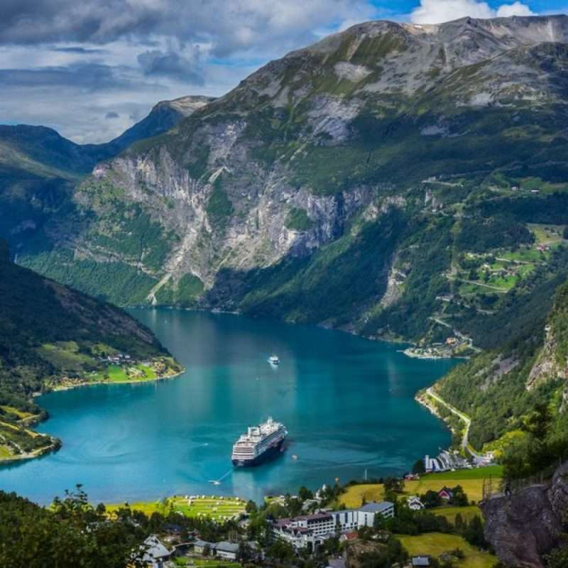 Boat hire Norway