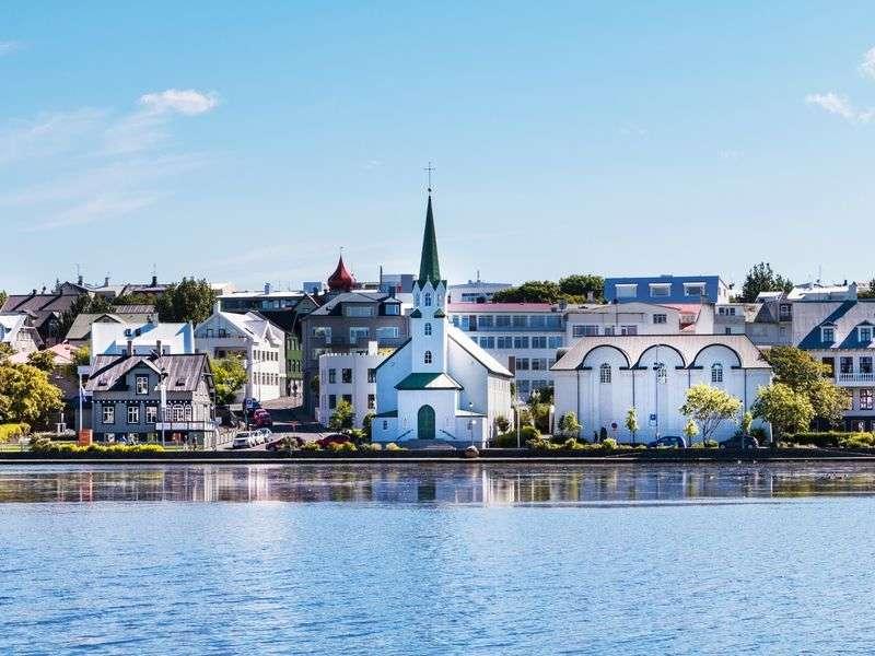 Yacht vacation in Reykjavik