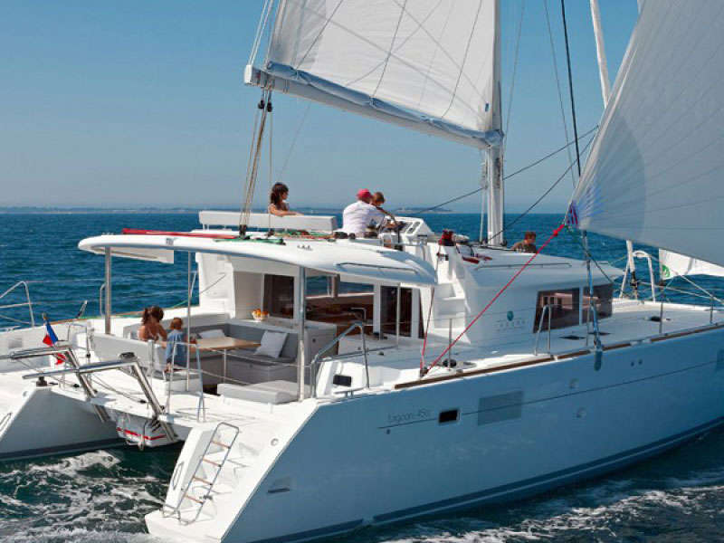 Types of catamarans