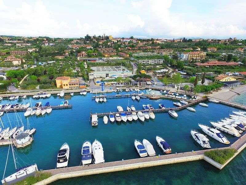 ports and islands in Moniga del Garda