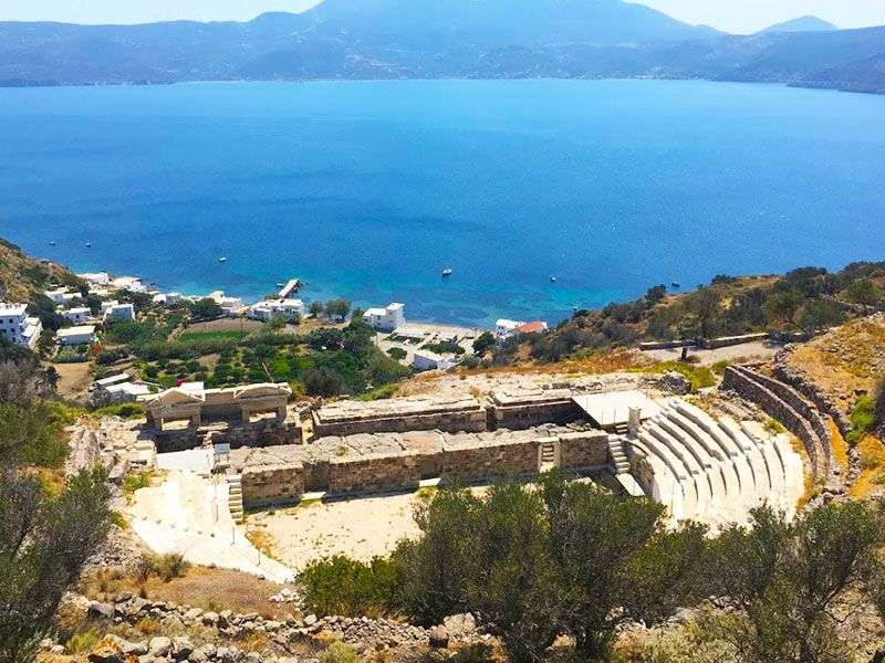 what to see in Milos
