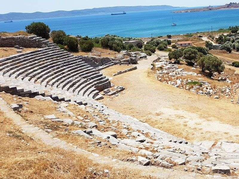 what to see in Lavrion