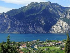 Yachting in Lake Garda