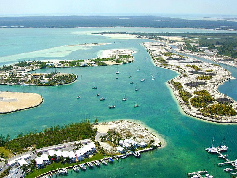 Sail in Treasure Cay