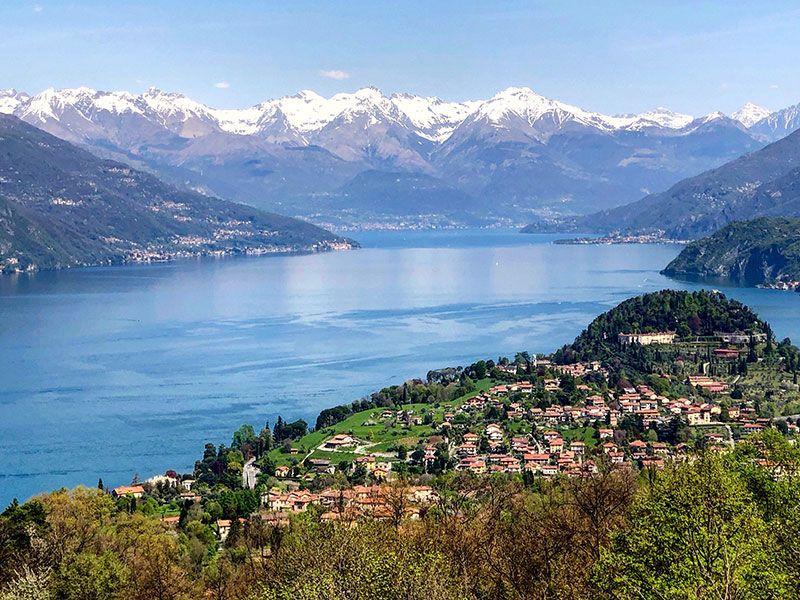 Yacht vacation in Bellagio