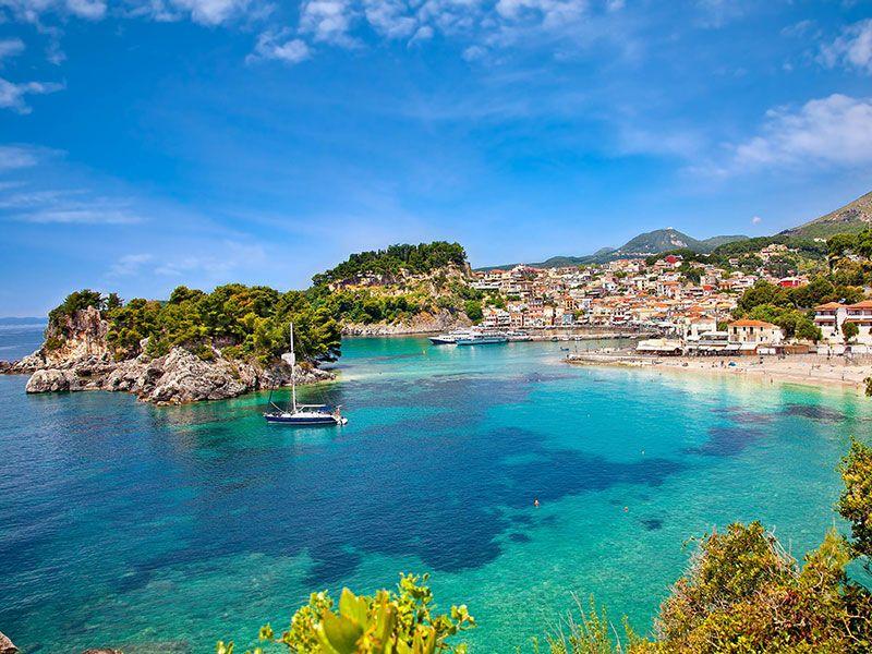 Sailing in Greece in September