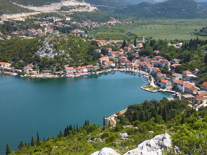 What to do in Ploce