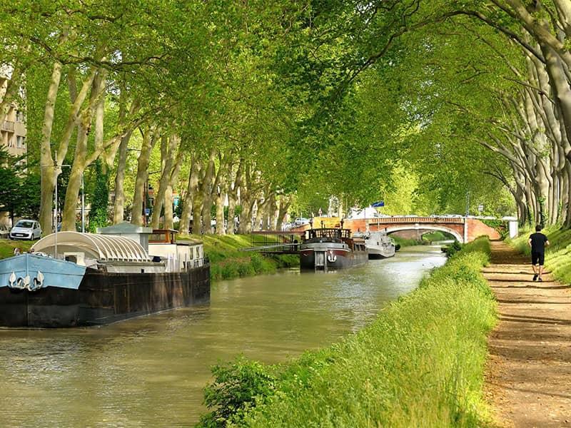 Boat iours in Garonne