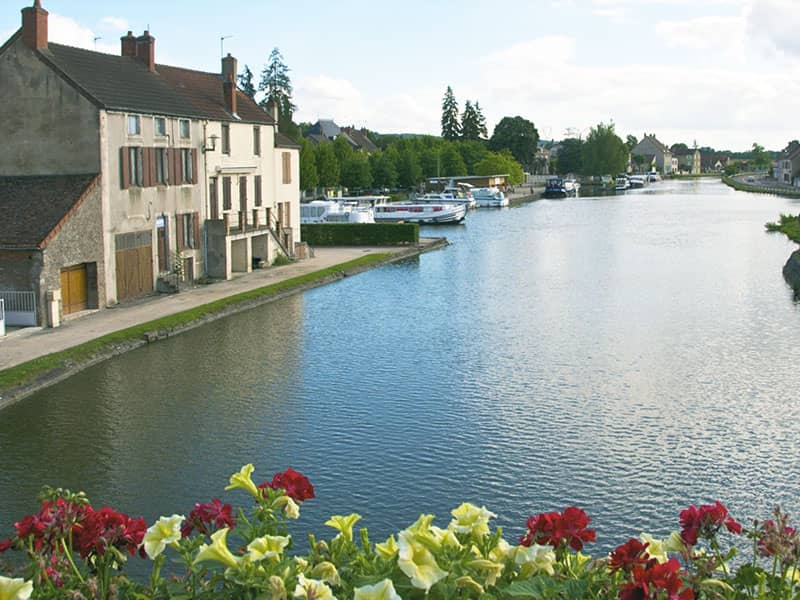 Boat Tours In Saint Leger Sur Dheune