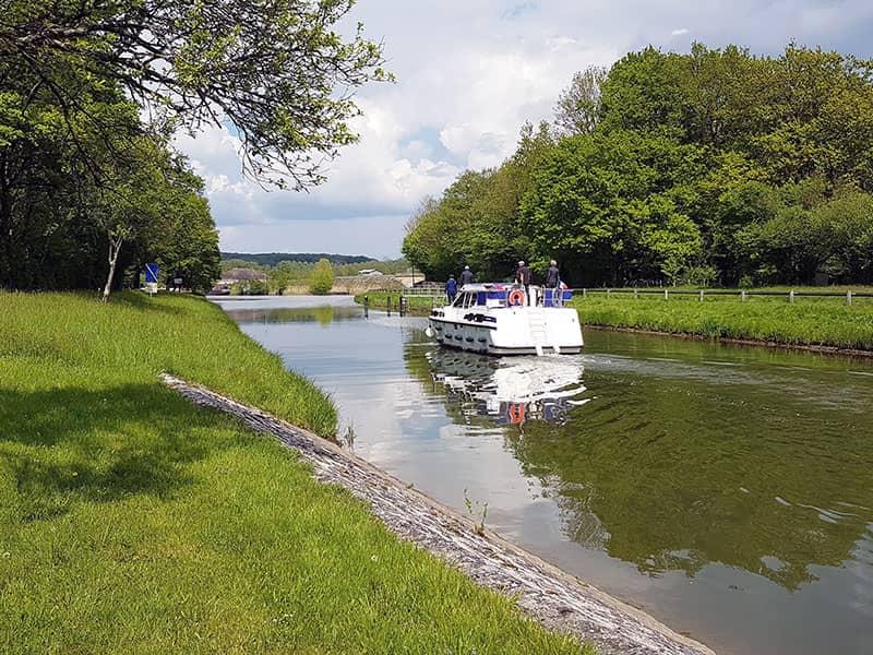 Boat Tours In Scey Sur Saone Et Saint Albin